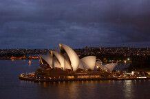 Sydneys Oper am Abend