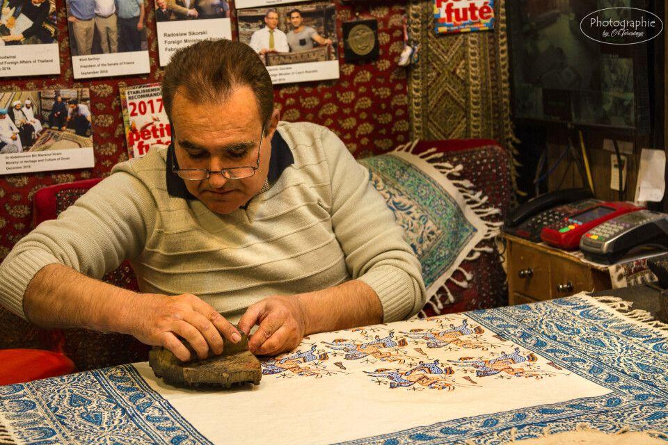 Der Stempeldruck - traditionelle Handarbeit in Isfahan