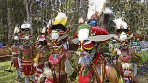 Sing-Sing im Dorf Alkeana