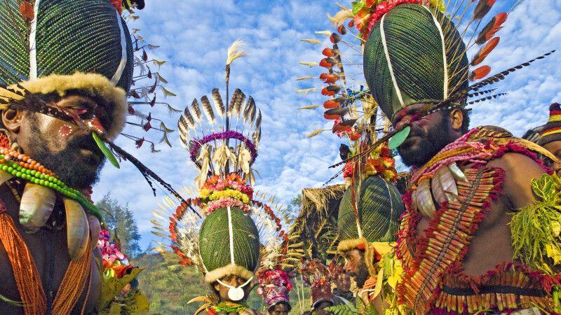 farbenprächtige Kostümierung beim Kalam-Festival © Diamir