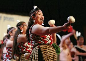 Typische Tänze der Maori