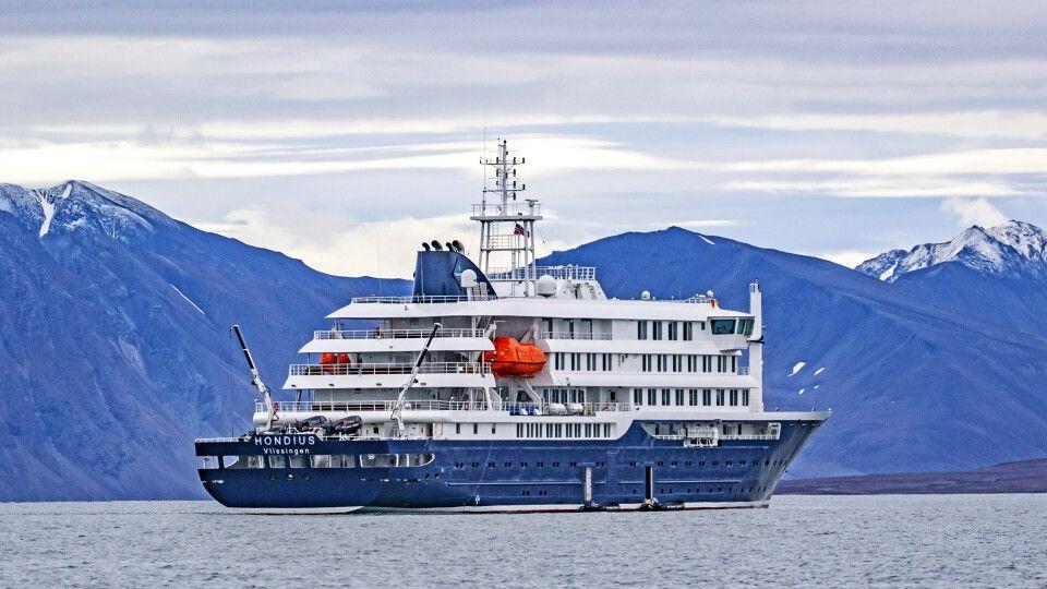 Die Hondius unterwegs in Spitzbergen