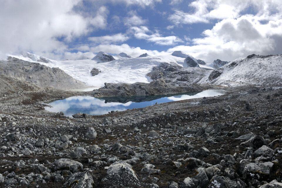Über den Rinchenzoe-La-Pass nach Chukarpo