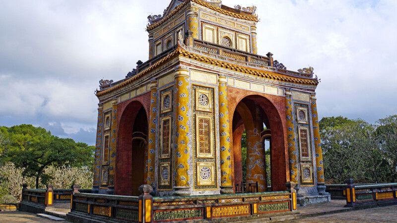 Mausoleum des Kaisers Tu Duc in Hue © Diamir