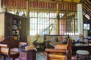 Lounge in der Arumeru River Lodge
