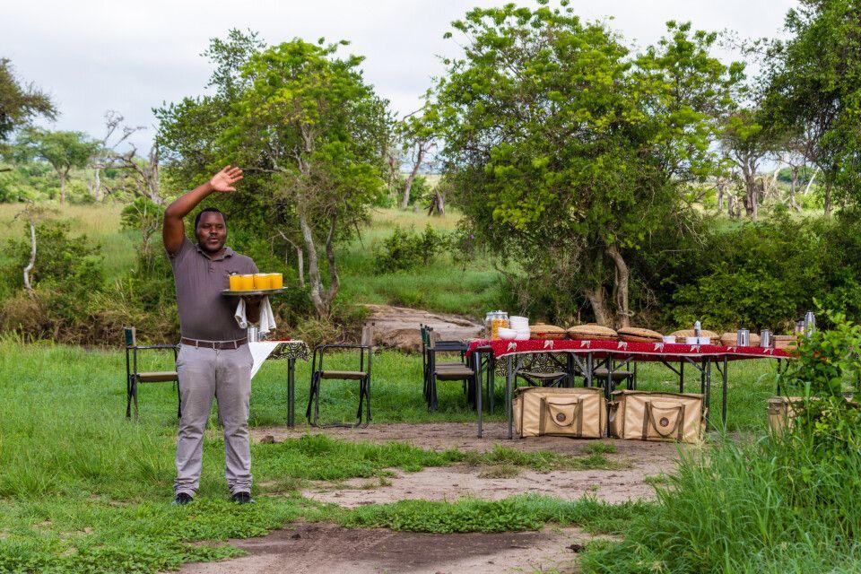 Frühstück als Abschluss der Fußsafari in der Grumeti Wildlife