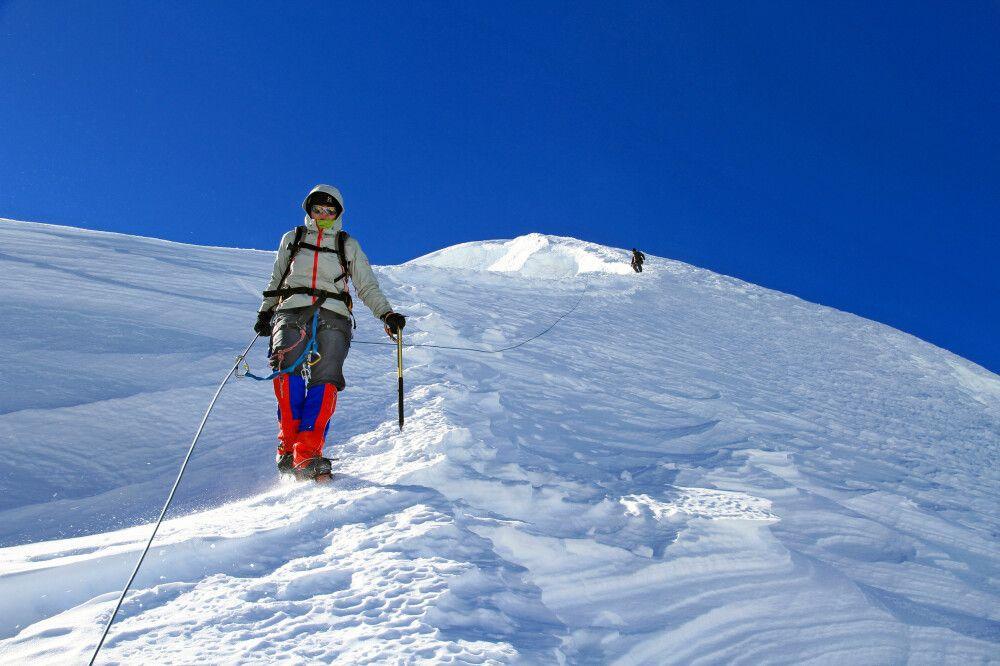 Trashi-Lhabtsa (5755 m)