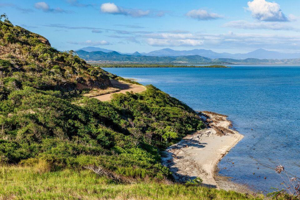 Blick auf die Inselwelt Neukaledoniens