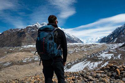 Blick auf den Südlichen Inyltschek Gletscher von der Merzbacher Wiese