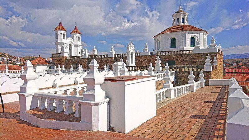 Blick über das Kloster San Felipe Neri © Diamir