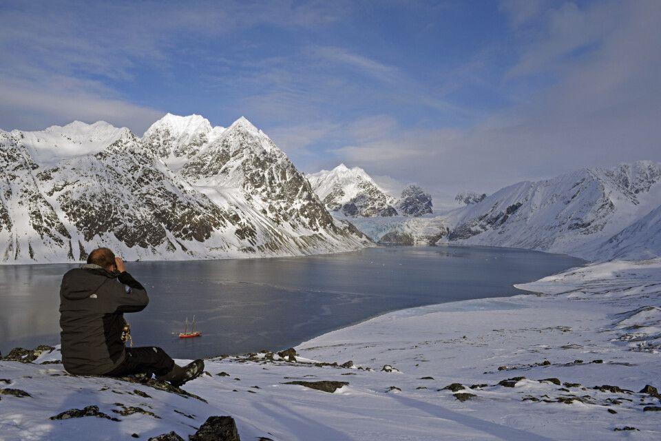 Nordspitzbergen in der ruhigen Frühsaison