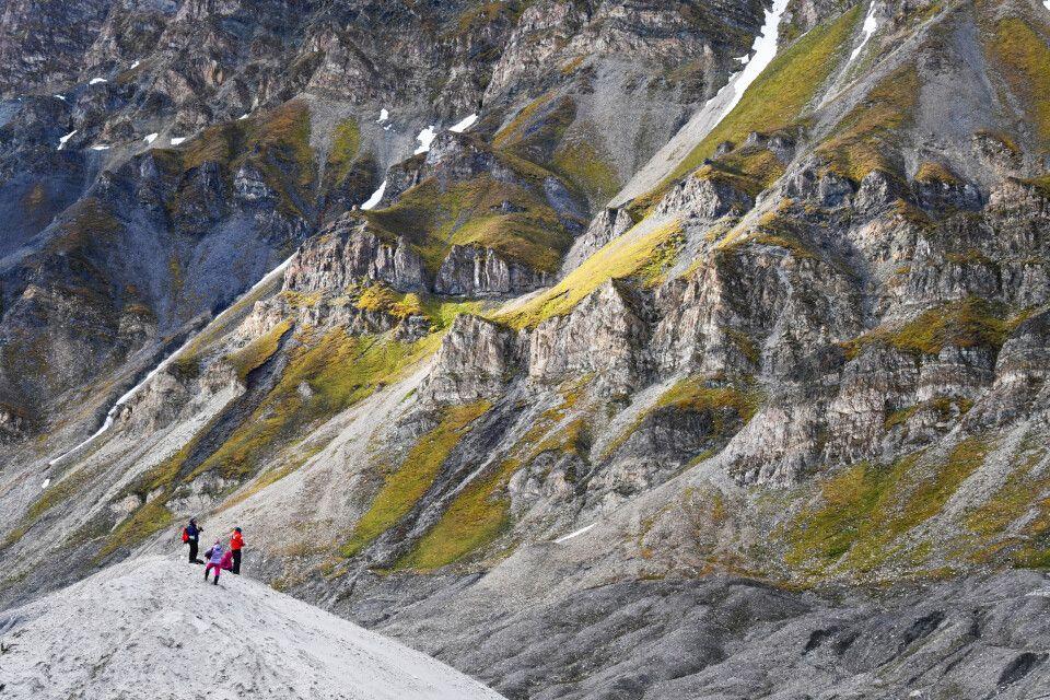 Beeindruckende Landschaft im Recherchefjord
