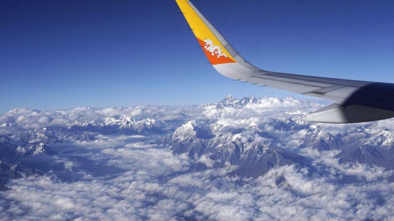Panoramaflug zwischen Kathmandu und Paro © Diamir