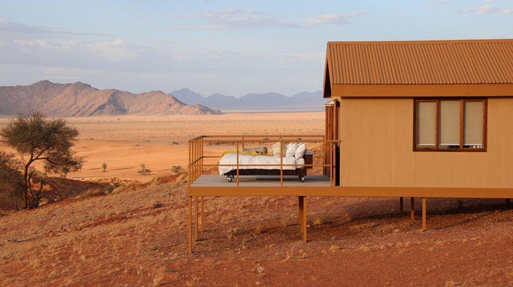 Übernachtung direkt unterm Sternenhimmel möglich – im Namib Dune Star Camp.