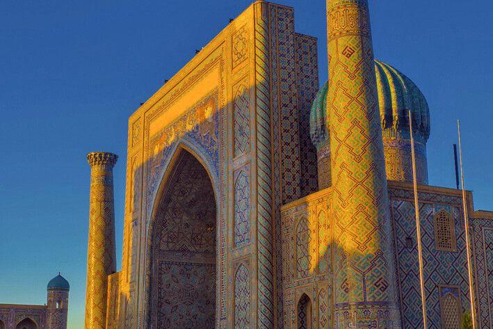 Sonnenuntergang um Sher-Dor Madrasah_Samarkand