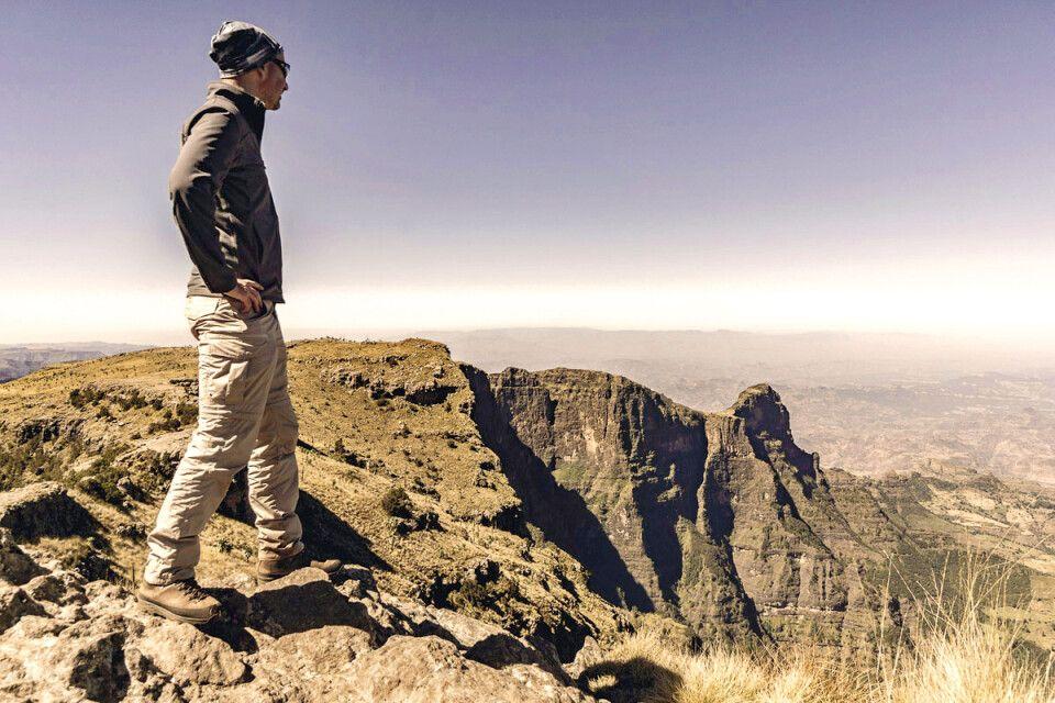 Am Gipfel des Imet Gogo (3926 m)