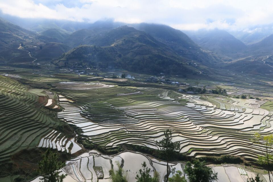 Unterwegs durch die Reisterrassenlandschaft von Mu Cang Chai