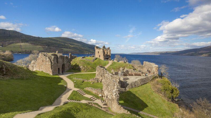 Urquhart Castle am Loch Ness © Diamir