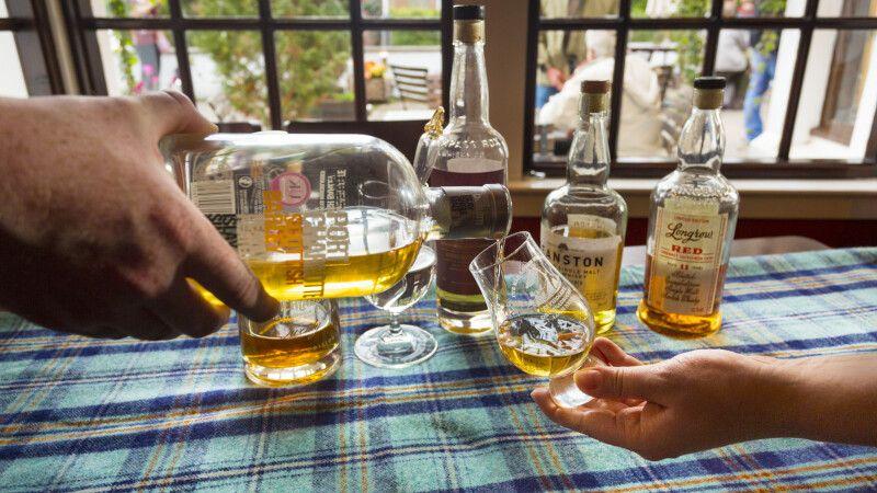 Whiskyprobe © Diamir
