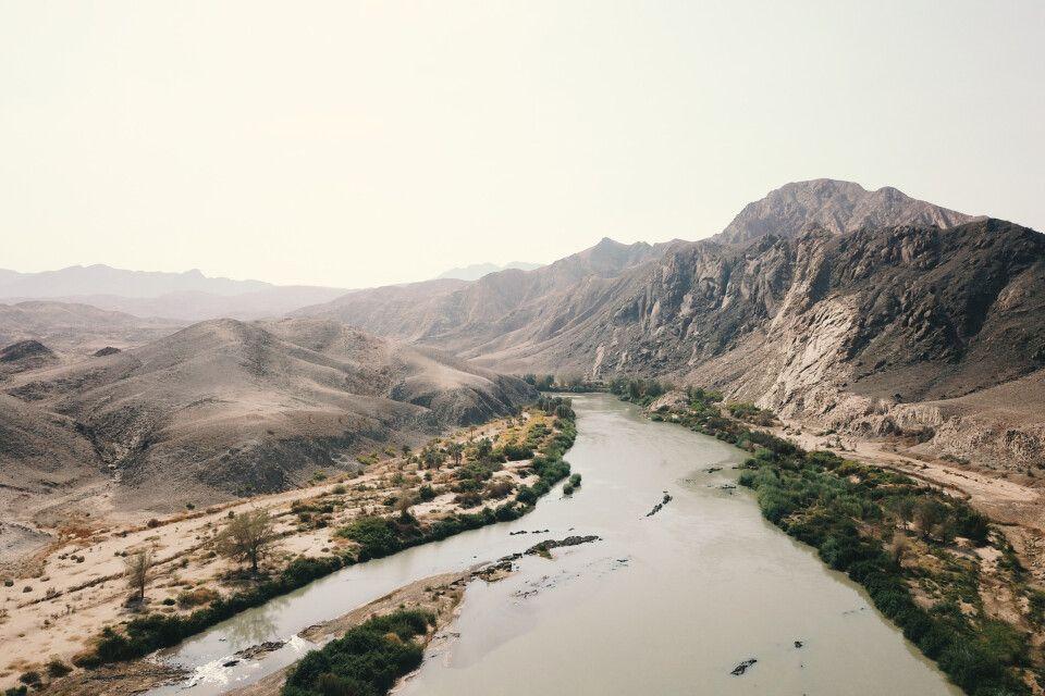 Der Kunene- Grenzfluss zwischen Angola und Namibia
