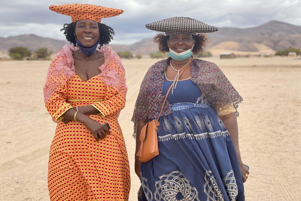 Hererofrauen in Purros