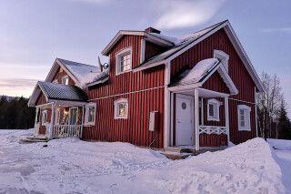 Winterlicht an der Villa