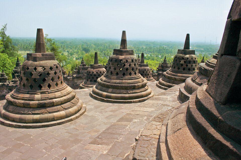 größte buddhistische Tempelanlage Südostasiens - Borobodur