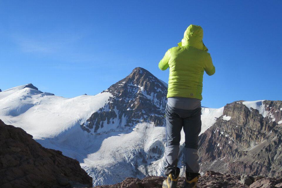 Blick in die umliegende Bergwelt des Aconcagua