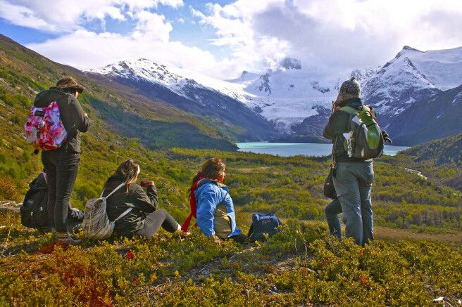 Wanderpause am Melinquina-Gletscher bei Puerto Guadal