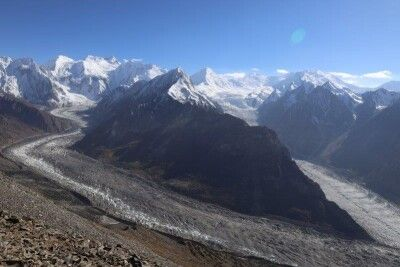 Blick vom Rush Lake auf Barpu- und Bualtar-Gletscher