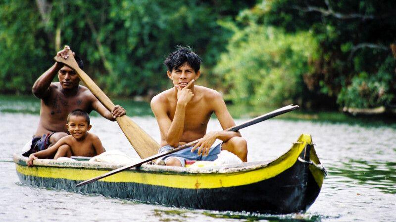 Unterwegs im Kanu © Diamir