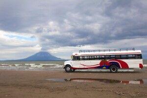 Am Nicaraguasee: Blick auf den Vulkan Concepcion auf der Insel Ometepe