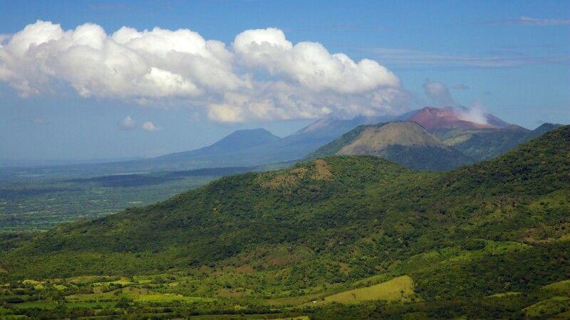 Vulkankette © Diamir