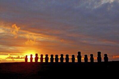 Sonnenaufgang am Ahu Tongariki - Osterinsel