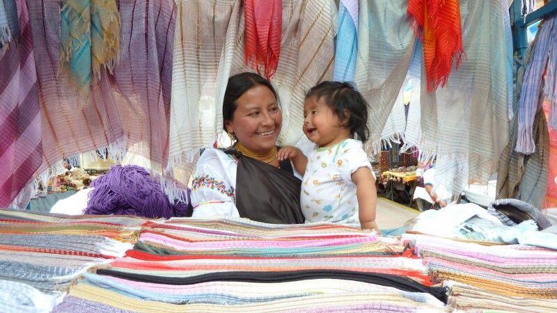 Markt in Otavalo © Diamir