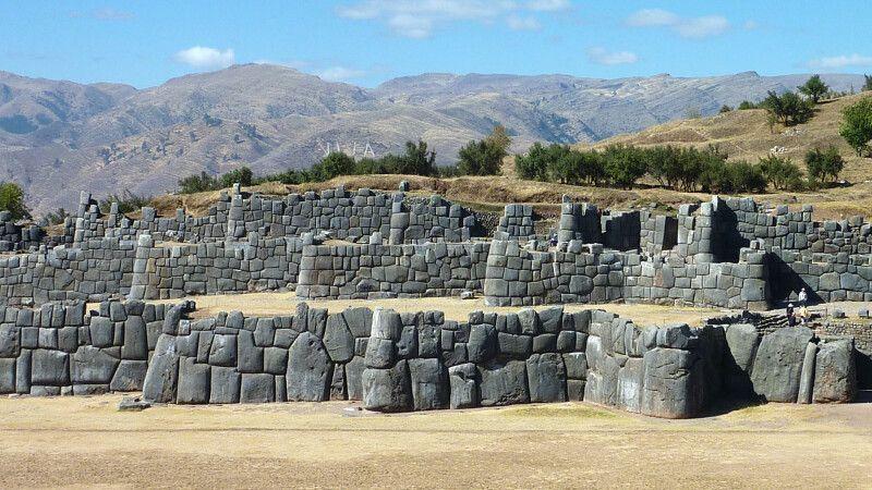 Sacsayhuaman bei Cusco © Diamir