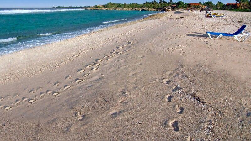 Am Strand von Guardalavaca © Diamir