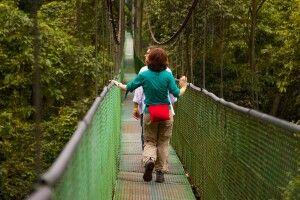 Hängebrücken Monteverde mit Menschen