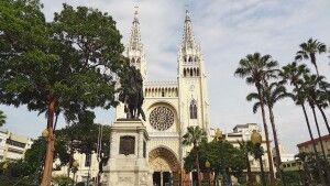 Kathedrale Parque Seminario in Guayaquil