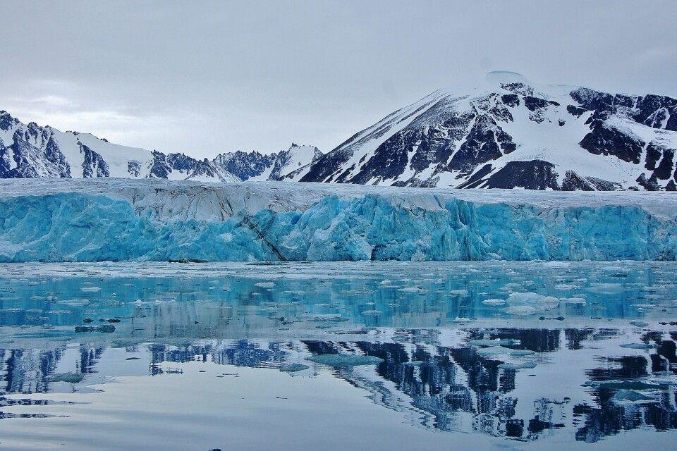 Gletscherfront im Raudfjord