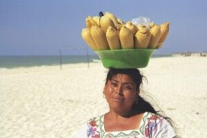Maisverkäuferin in Celestun, Yucatan, Mexiko