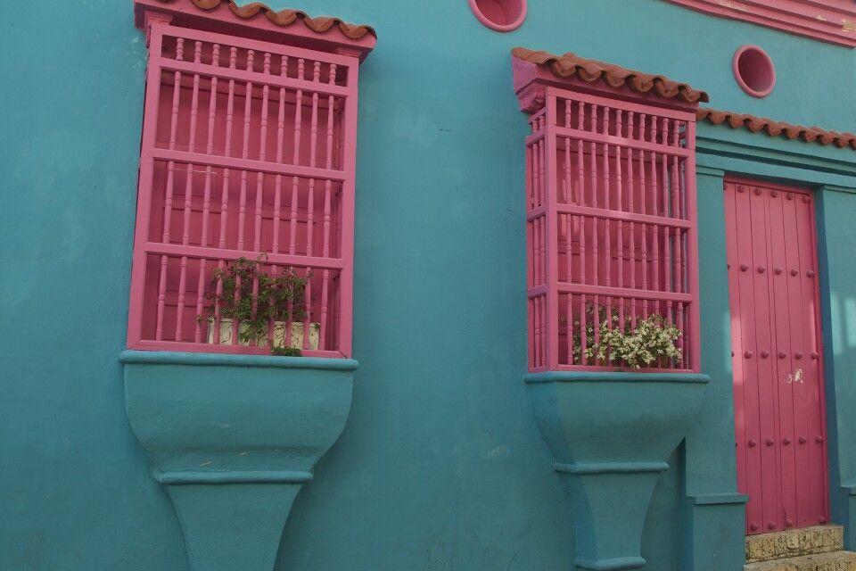 Farbenfroh karibisch präsentiert sich Cartagena