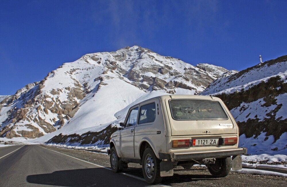 Niva auf dem Pamir Highway